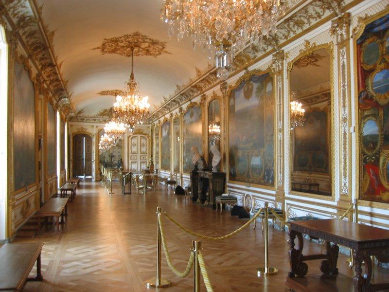 Salão de Entrada e Galeria Chantilly3