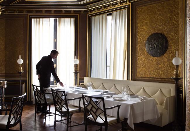 La-Reserve-Paris-Hotel-Le-Gabriel-restaurant-3-650x450-1